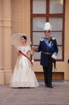 Höhepunkt der Modenschau- das Herzogspaar